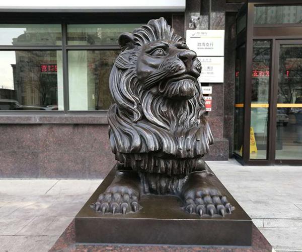 和营口银行制作铜狮子一对